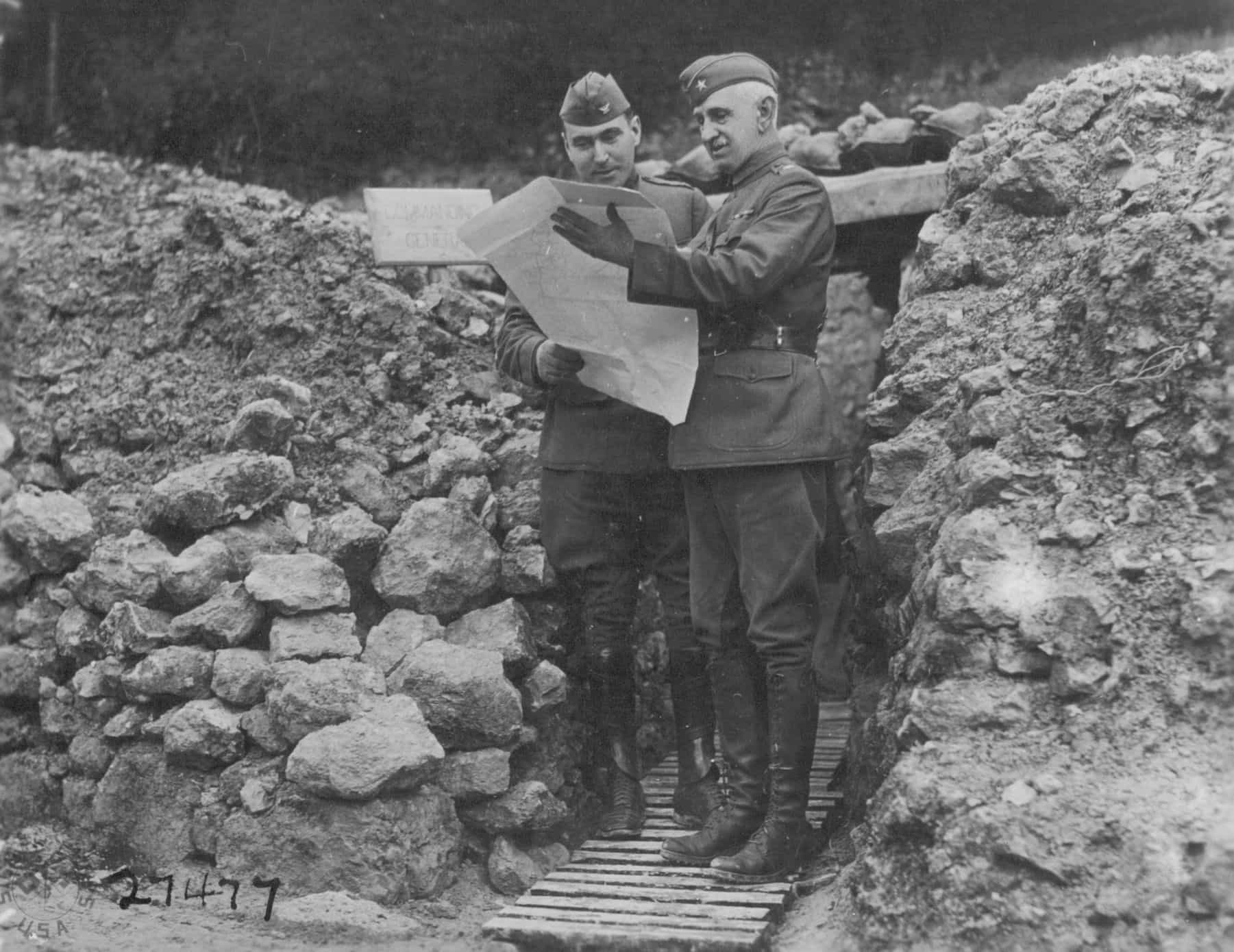 General Nicholson conferring with an officer of the 55th Artillery Brigade outside the Brigade PC in the Troyon Sector (NAMD)