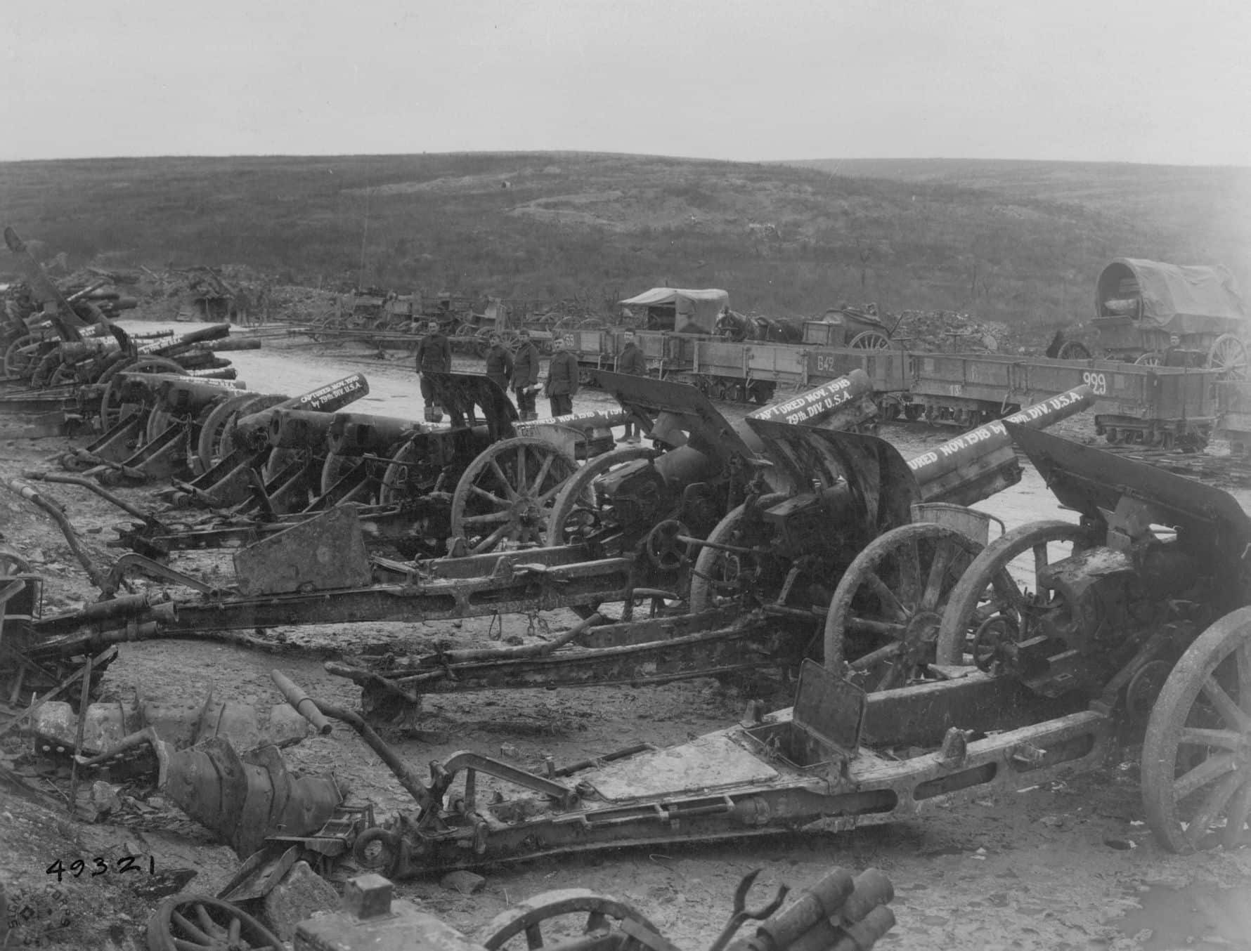 German guns captured by the 79th Division (NAMD)